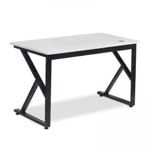 Bàn làm việc chữ K mặt màu trắng được làm bằng chất liệu gỗ công nghiệp cao cấp. Trên mặt bàn được phủ một lớp Melamine