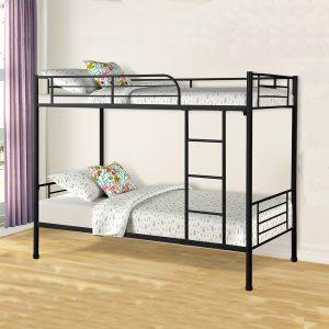 Giường tầng sắt gia đình và home stay rẻ đẹp Kết cấu giường chắc chắn với màu đen và trắng sữa giúp cho không gian sang trọng và đẹp hơn. Bừng sáng không gian phòng ngủ tại khu tập thể, kí túc xá của bạn với chiếc giường ngủ đẹp và đầy tiện nghi.